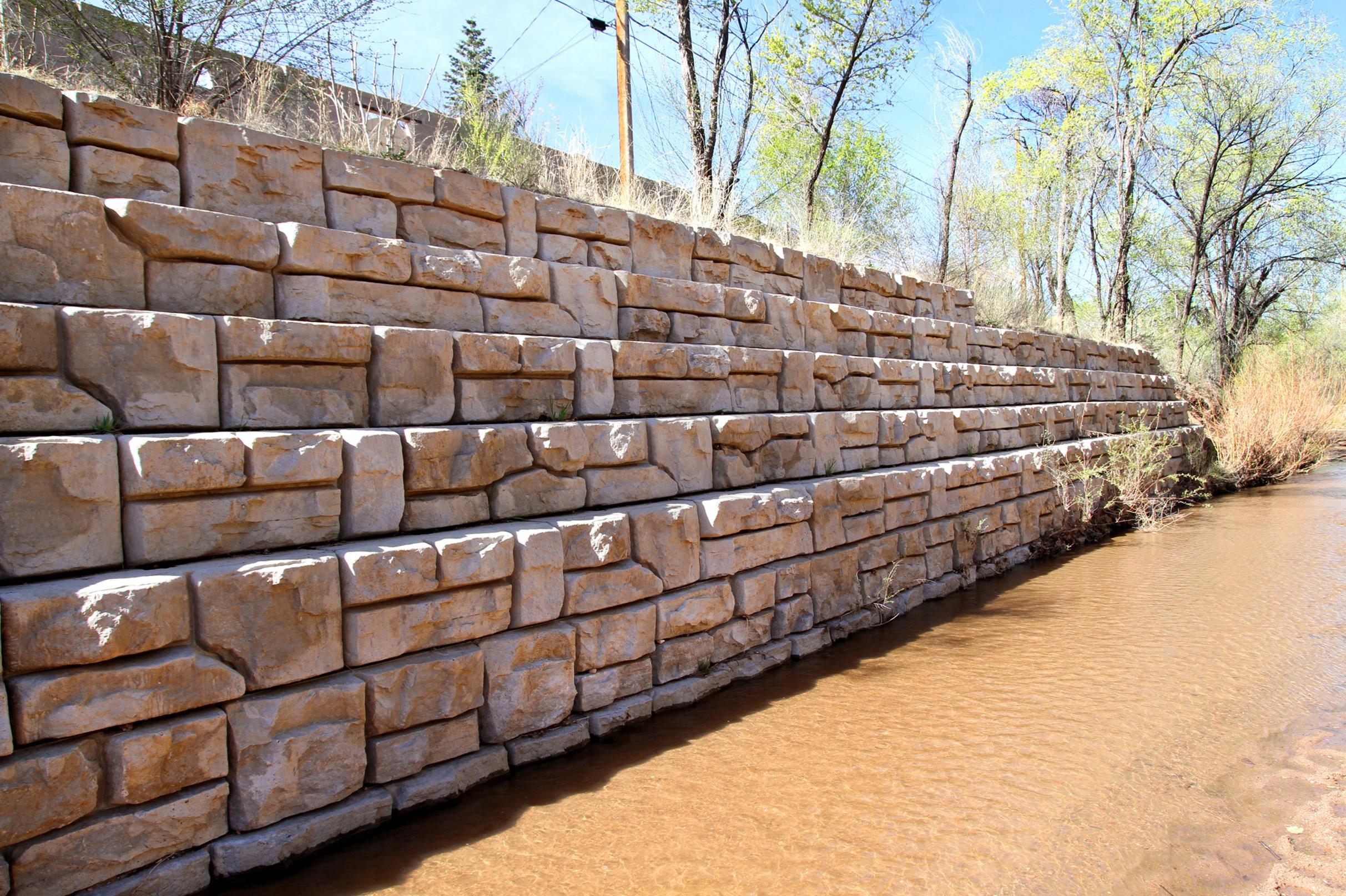 Granite Block Seawall : Redi rock seawalls water applications wall llc
