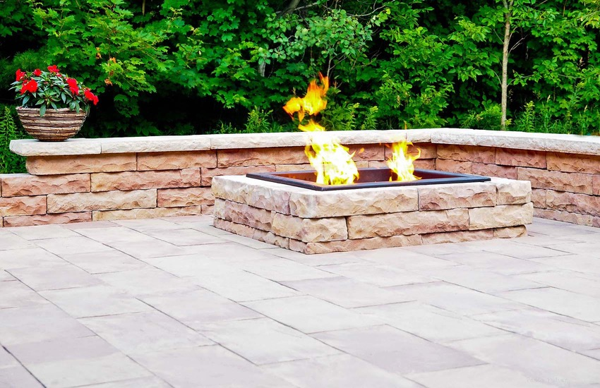 Rosetta_Claremont_Linear_Flag_Auburn_Ridge_Wall_fire_pit_9