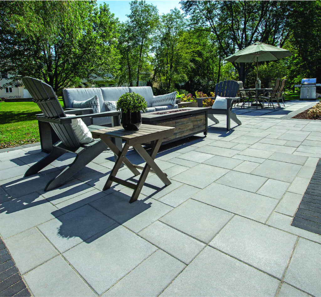Flagstone_Pavers_Beacon_Hill_Smooth_Unilock-Opal_Blend