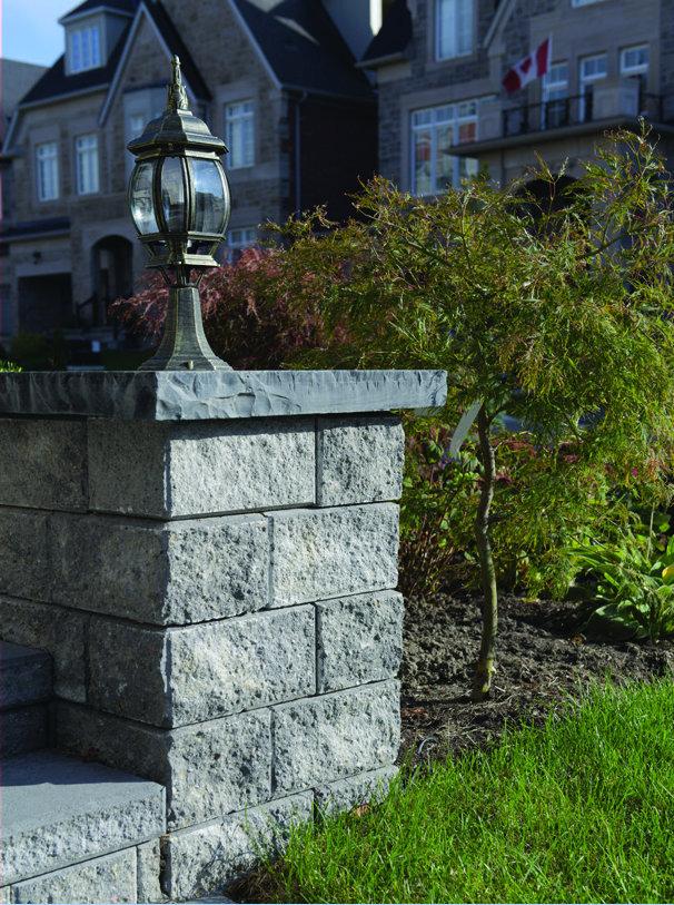 Pisa2_Retaining_Walls-Granite
