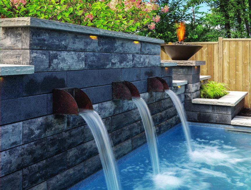 U-Cara_Walls_Water_Feature_Unilock